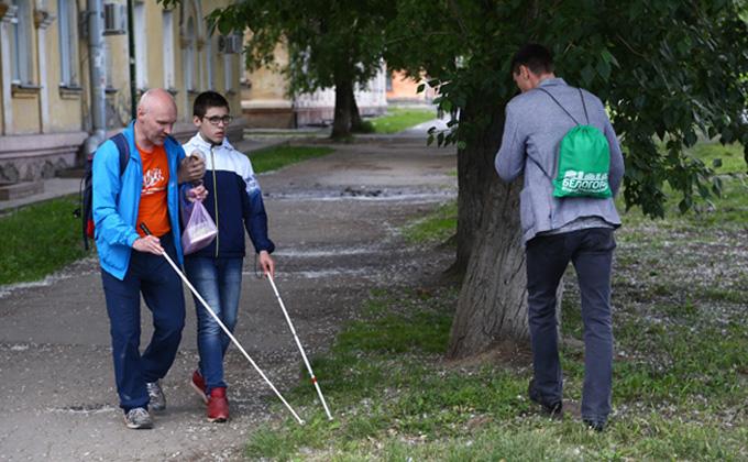 Инвалиды назвали мелочи, о которые спотыкается проект доступной городской среды