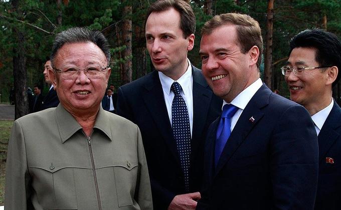 Доска Ким Чен Ира появится в метро Новосибирска