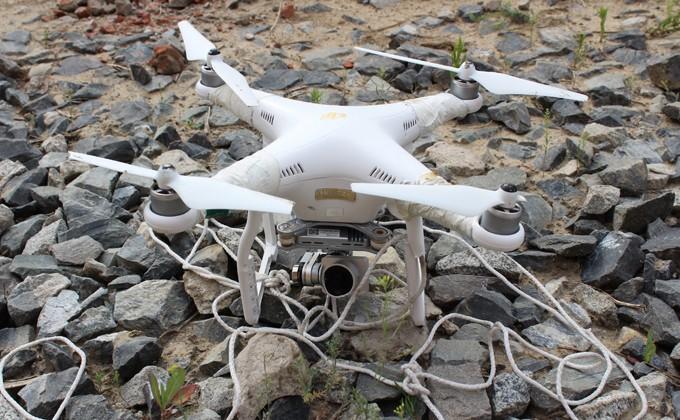 Над новосибирским СИЗО сбили два дрона смобильными телефонами