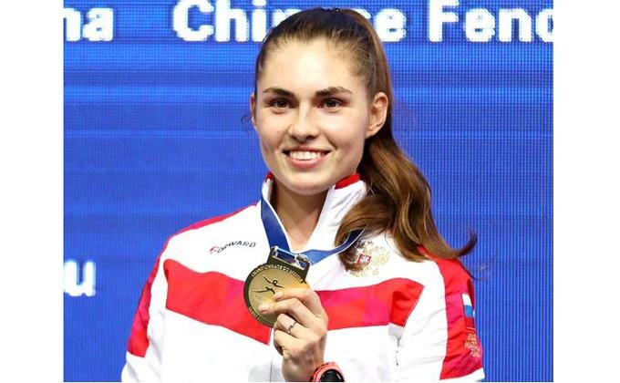 Новосибирская фехтовальщица София Позднякова стала чемпионкой мира
