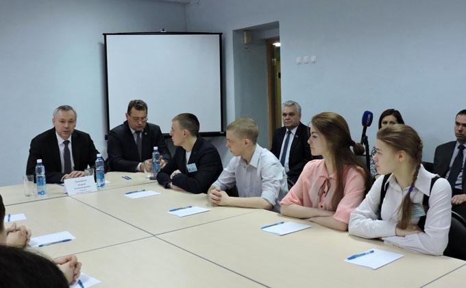 Особое внимание подготовке кадров призвал уделять Андрей Травников