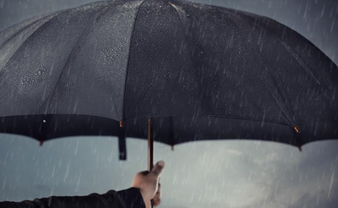Экстренное предупреждение: грозы и ветер приближаются к Новосибирску