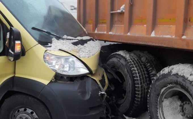 Семь пассажиров маршрутки №5 попали в больницы Новосибирска