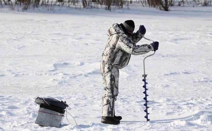 ВНовосибирской области рыбак бросил снегоход вболоте изаблудился