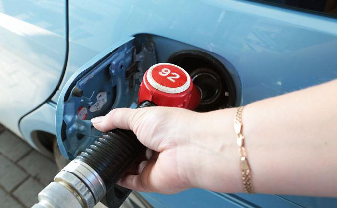 Бензин в России – второй по дешевизне в Европе