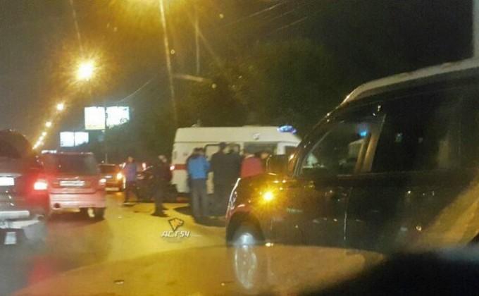 ВНовосибирске шофёр насмерть сбил 17-летнюю девушку