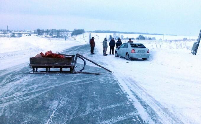 Попал в дтп на дороге был лед