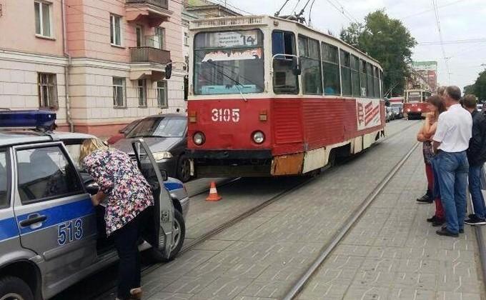 Попал под трамвай маршрут