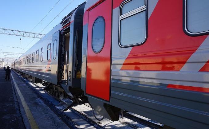 Девочка-подросток изНовосибирска пробовала уехать напоезде вКыргызстан