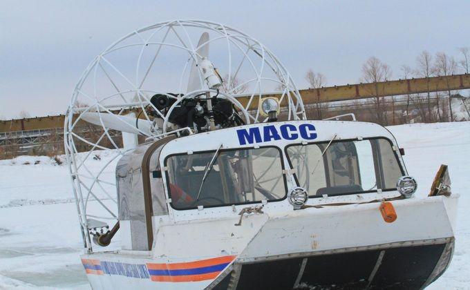 ВНовосибирске двое рыбаков чуть незамерзли наострове