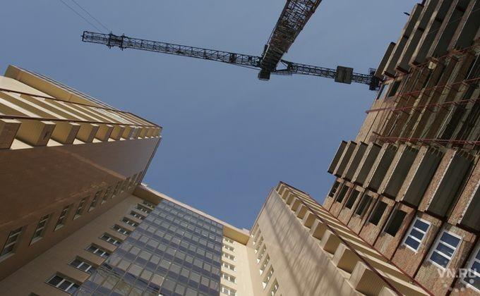 Бригадир бетонщиков умер вНовосибирске настройке дома