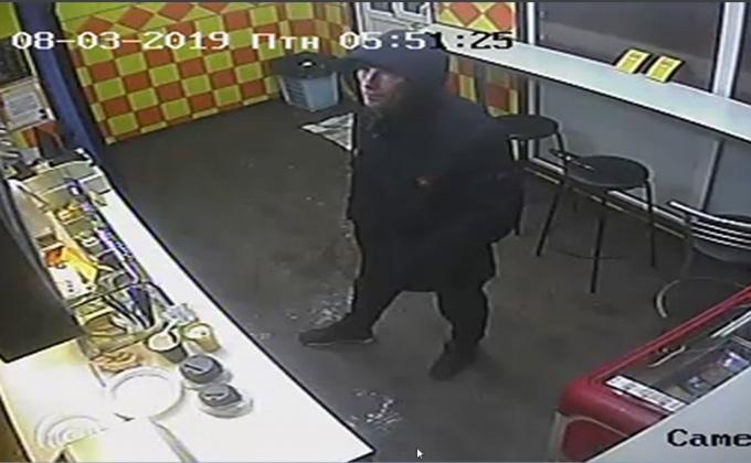 Беспощадный грабитель не пожалел 8 марта женщину-продавца