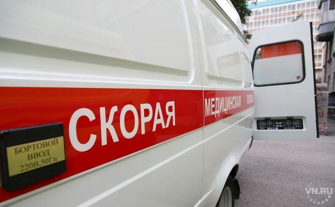 ВНовосибирске шофёр грузового автомобиля отказался пропустить скорую помощь спациентом