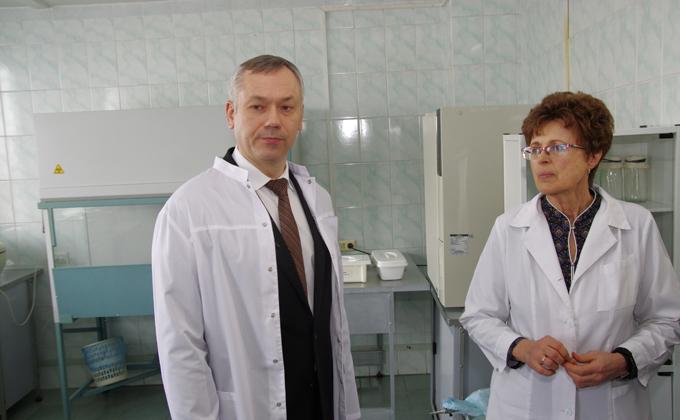 Глава региона посетил НИИ фундаментальной и клинической иммунологии