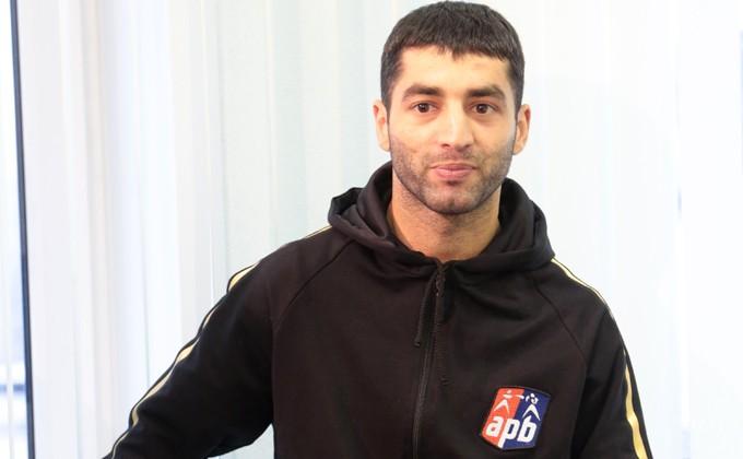 Русский боксер Миша Алоян завоевал сереброОИ