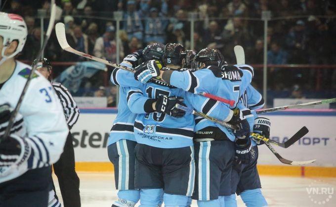 «Сибирь» обменяла хоккеистов Шумакова, Шалунова иОкулова вЦСКА