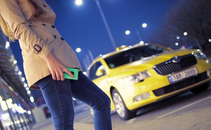 Таксист сядет втюрьму на19 лет заизнасилование иубийство пассажирки