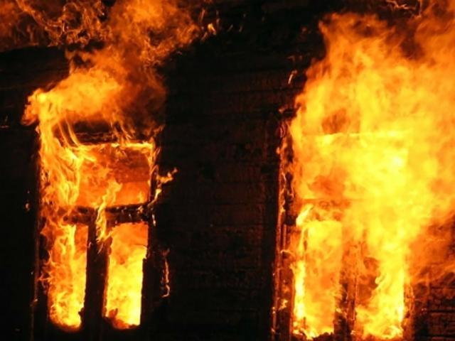 Два человека погибли при пожаре в Коченево