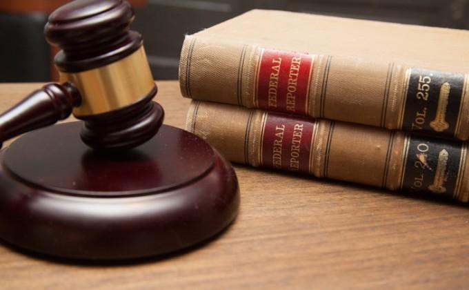 Вор дважды порвал доказательства в суде и объяснил поступки помутнением рассудка