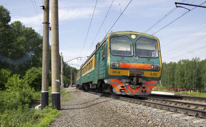 Электричка сбила подростка на станции «Береговая» в Новосибирске