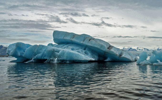 Новосибирский спортсмен в64 года совершит заплыв вольдах Арктики