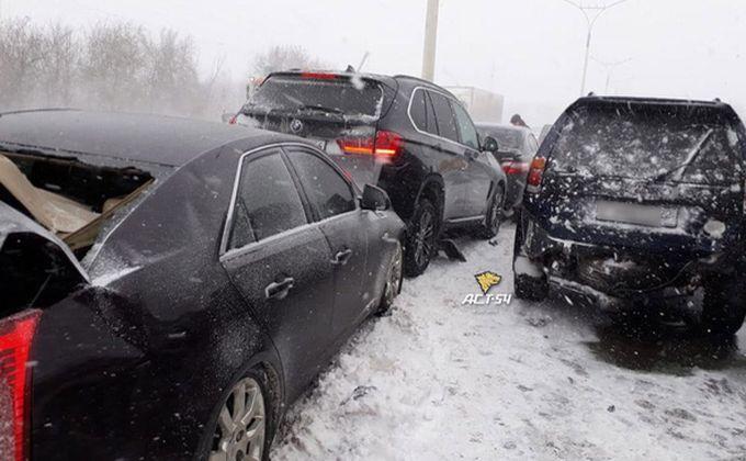 «Жесткая ночка выдалась»: в Новосибирской области большое количество ДТП