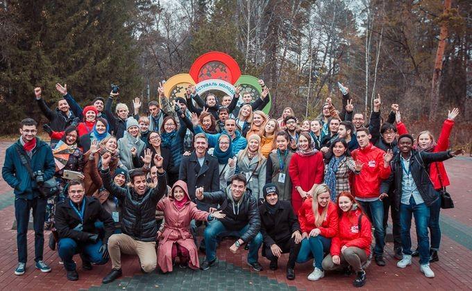 Путин: Российская Федерация навсегда останется всердцах участников фестиваля молодежи