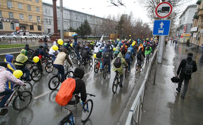 Октябрьский мост перекроют на три часа из-за велопробега