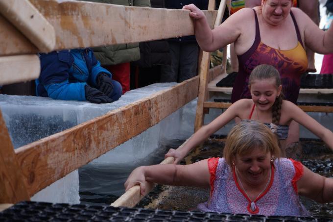 В православной культуре нет обычая купаться на Крещение в реке