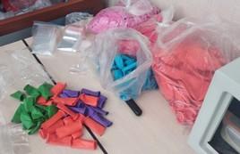 Воздушные шарики с кайфом изготавливали влюбленные в Новосибирске