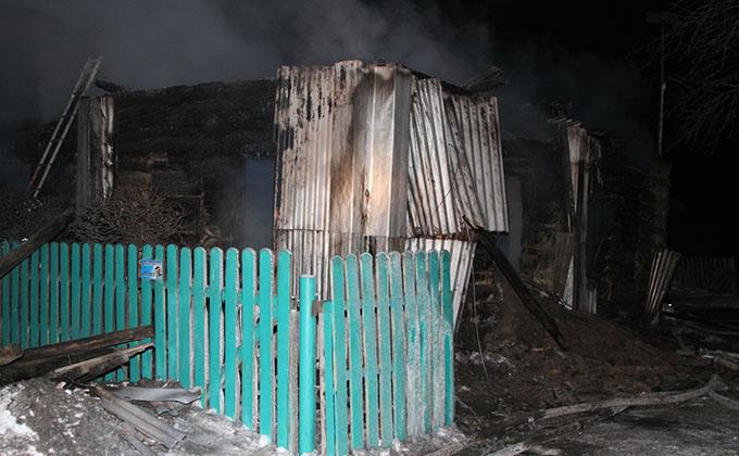 Мать и четверо малолетних детей сгорели в Краснозерском районе