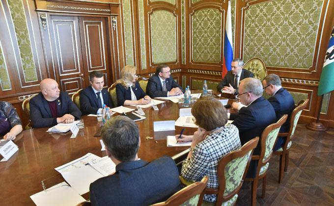 Губернатор обсудил с руководством отделения ОНФ реализацию нацпроектов в Новосибирской области