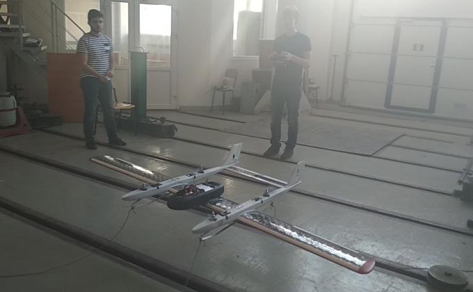 Квадрокоптер и самолет скрестили изобретатели в НГТУ