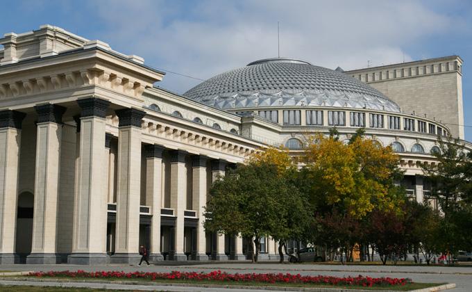 Архитекторы опасаются за судьбу оперного театра и его зрителей