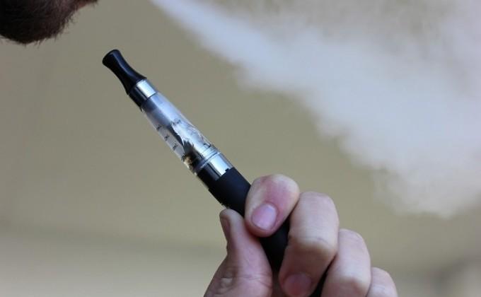В Российской Федерации подростку ампутировали три пальца из-за взорвавшейся электронной сигареты