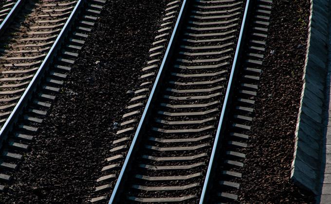 Мертвого замначальника полиции нашли у железной дороги