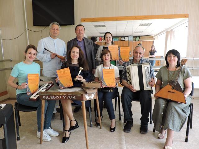 Русские сезоны в Париже: музыканты из Искитимского района потрясли  французов