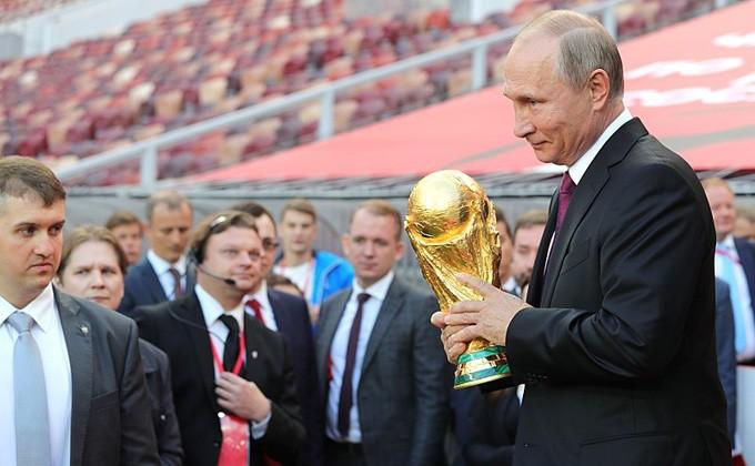 ВТатарстан привезут Кубок Чемпионата мира пофутболу