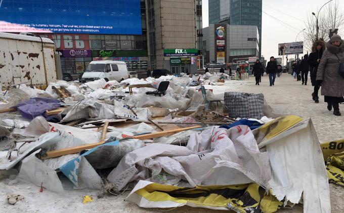 Торговые палатки исчезли с площади Маркса