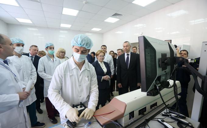 визит Скворцовой фото пресс-службы правительства НСО